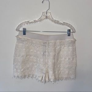 NWT Express White Crochet Floral Patterned Shorts